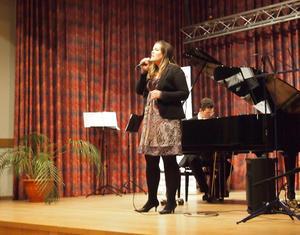 Jenny Stage